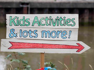 Kids-signpost